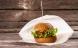 Verdens første svanemærkede burgerpapir
