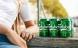 Carlsberg limer dåserne sammen og sparer 150 tons plastik